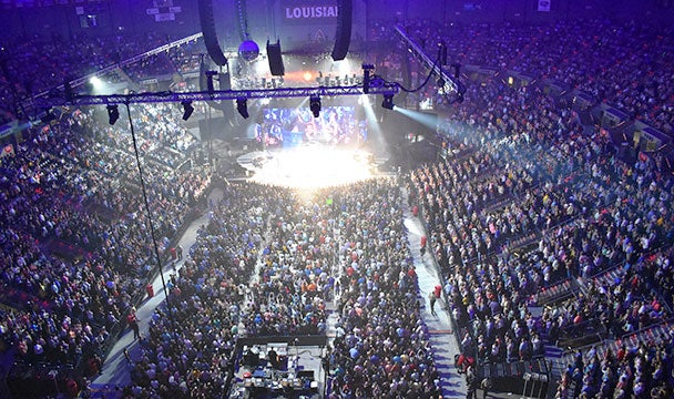 cajundome_arena_crowd-Thumbnail.jpg